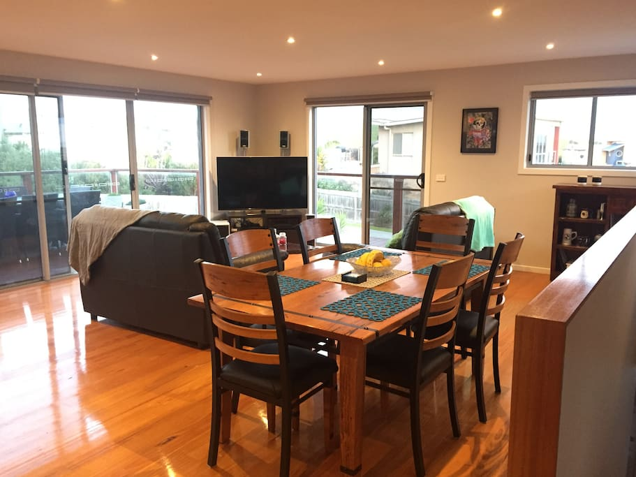 Spacious open plan living and dining area