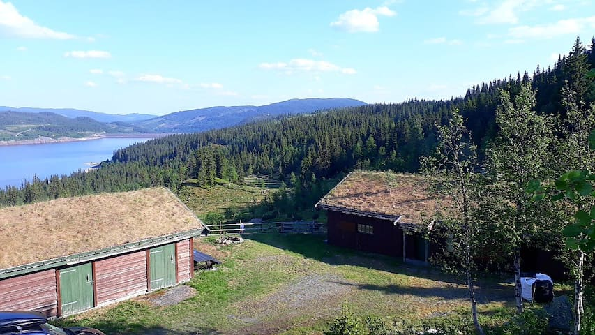 Idyllic summer-farm house in Synnfjellet, Norway.