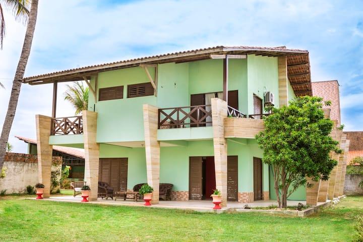 suite superior com varanda e vista ao mar (triplo)