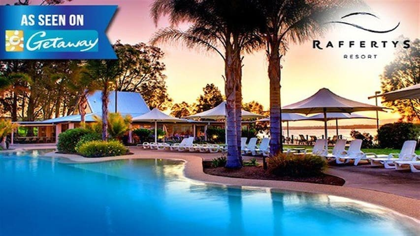 Resort Retreat-Romance or Family fun! - Cams Wharf