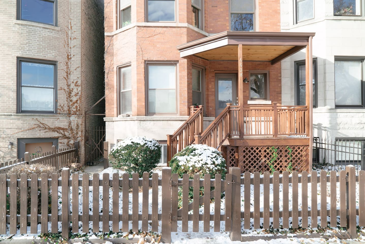 Easy Entrance with keypad on quiet, tree-lined street