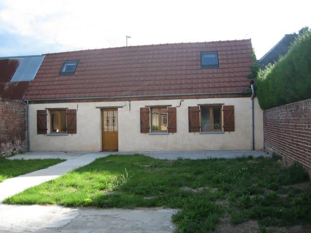 Maison de village - Fréniches - Huis