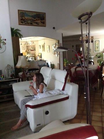 Villa Pertuis au pied du luberon - Pertuis - Villa
