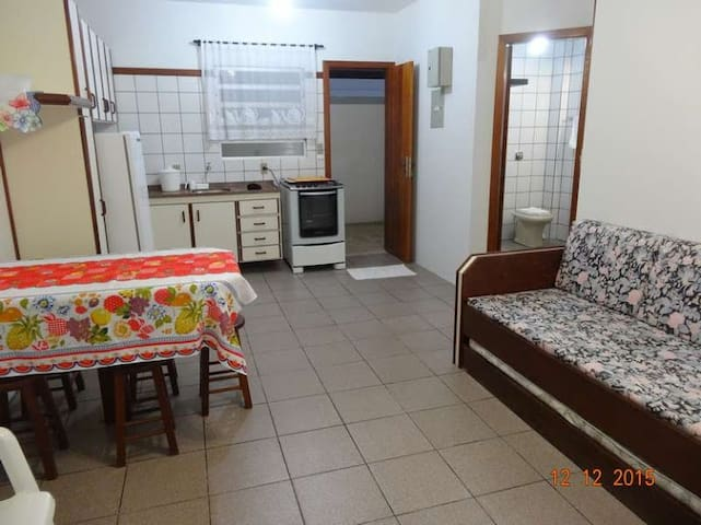Apartment with best cost-benefit! 80m to the BEACH - Florianópolis - Pis