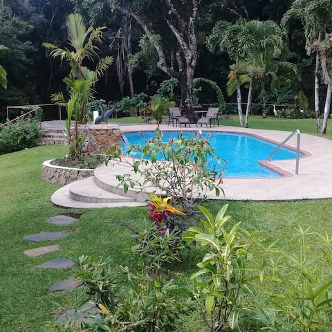 Access to the swimming pool