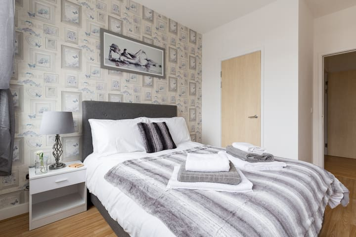 Cute 1 bed (sleeps 4) in the heart of the City