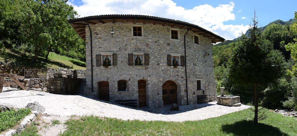 Mulino del Castello, camera dei cherubini - Besenello - Apartment
