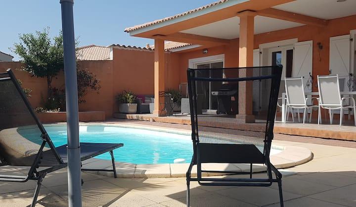 Villa avec Piscine à deux pas du centre
