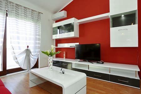 Luxury Apartment Maslina 2 with Balcony - Božava