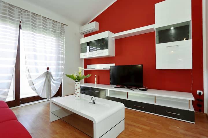 Luxury Apartment Maslina 2 with Balcony - Božava