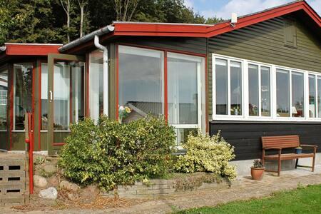 Beautiful Holiday Home in Aabenraa near Sea