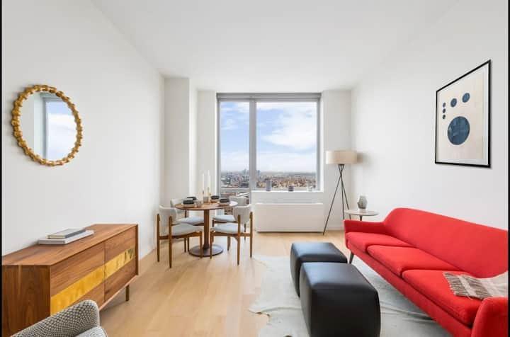 Luxury Brooklyn 1-Bedroom with Breathtaking Views