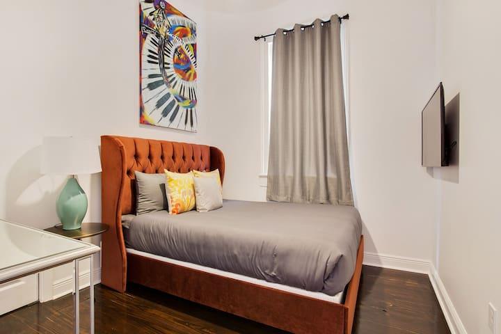 Bedroom 2 with beautiful dresser, mirror and TV w/ Netflix!