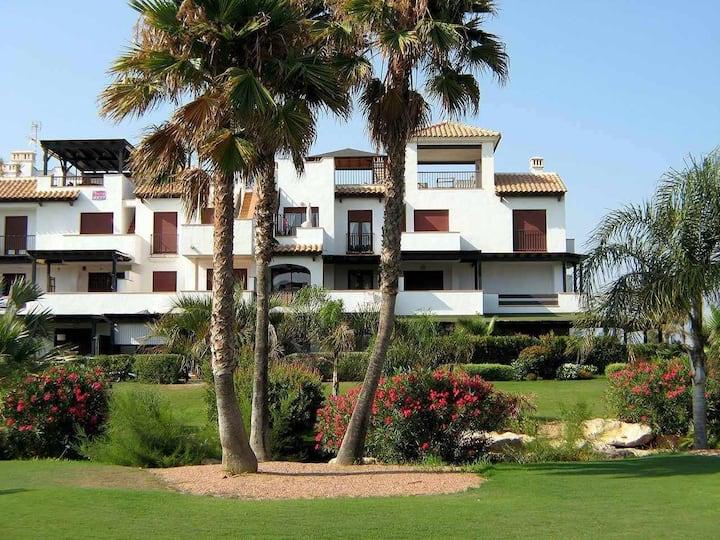 VenAVera E11D - 2 Dorm/2Baños a Pie de Playa WIFI