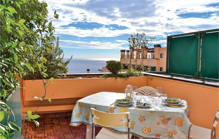 Holiday apartment with 2 bedrooms on 70m² in Varazze SV