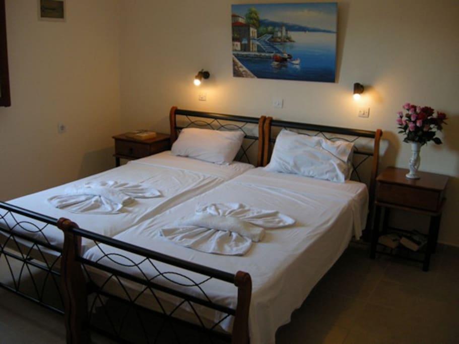 Studio 8 Twin Beds