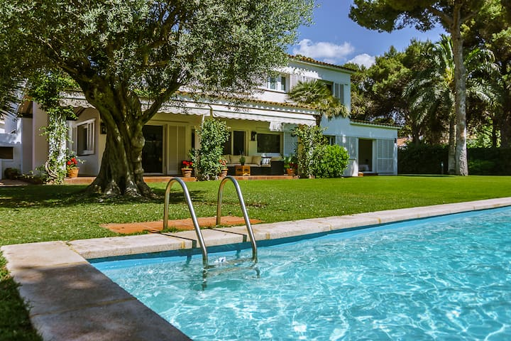 SITGES-PARADISE-POOL AND GARDEN - Sitges - Chalet