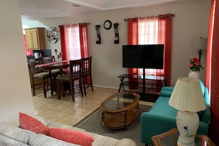 Newly Renovated Fully Furnished Home 2 bed/ 2 bath