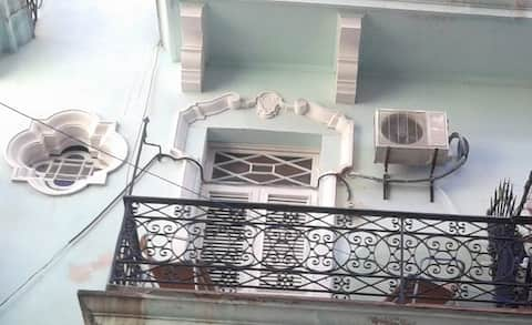 Colonial Apartment in Old Havana