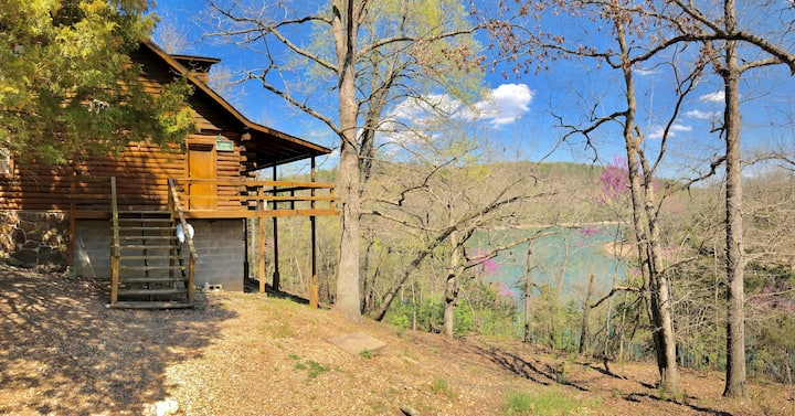 Charlie's Ol' Fishing Cabin, Beaver Lake Front - Log Cabin, Boat Access, Fireplace
