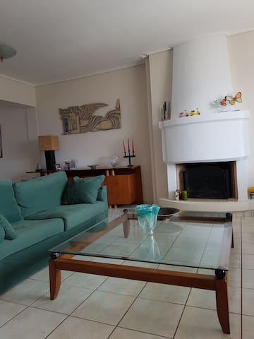 modern central spacious appartment,excellent view - Athina - Apartemen
