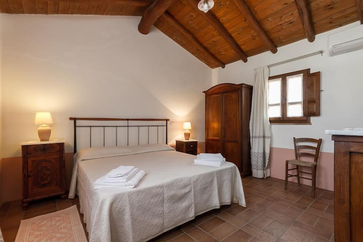 B&B Monte Lora camera corbezzolo - San Vito - Bed & Breakfast