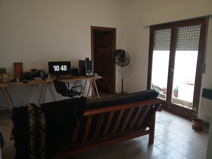 PH apartment to share with owner, quiet and comfy