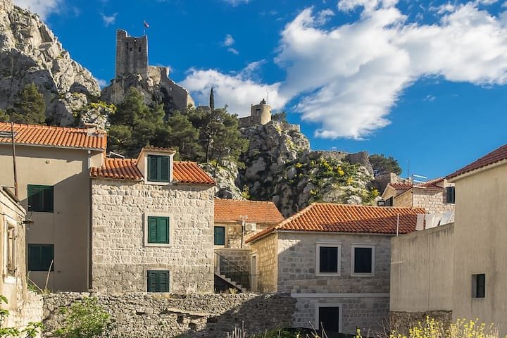 Holiday apartment - Omis, Croatia - Omiš - Hus