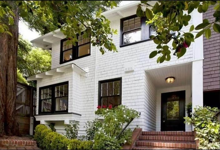 Large House in Pacific Heights