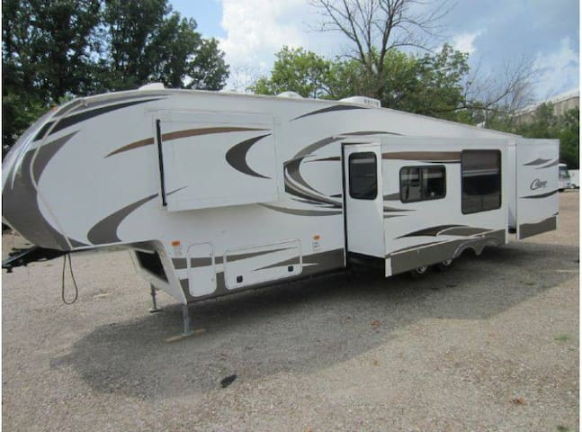 Huge 5th wheel RV with rear bunk house