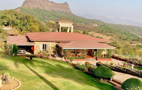 Casa Tehmina.Lonavala; a cottage in the forest!
