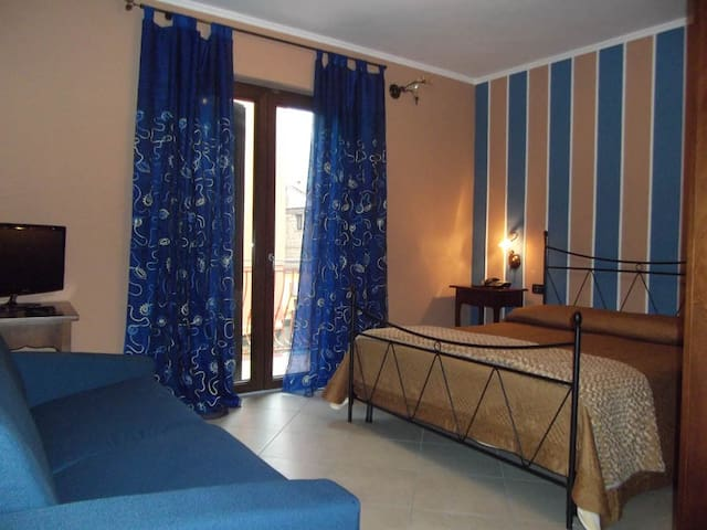 LOVELY B&B NEAR POMPEII FROM 1 TO 30 PEOPLE