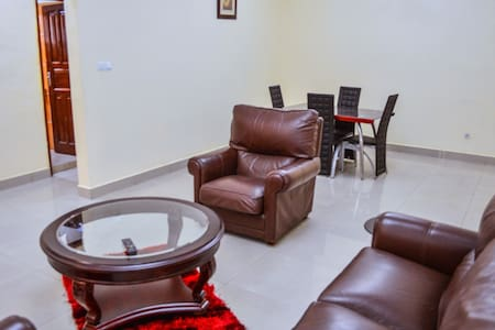 Two Bedroom Apartment, furnished - Bamenda - Lägenhet