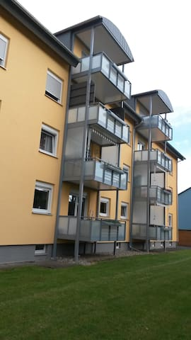 4-Zimmer-Apartment mit Balkon in Bad Kissingen - Bad Kissingen - Apartmen