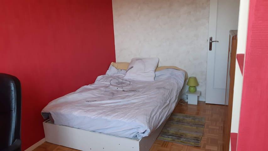 Chambre privée près Athlétis