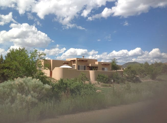 Eldorado Santa Fe - Elegant Peaceful Casa Artista - Santa Fe - Ev