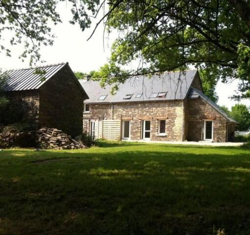 Maison dans la foret de Broceliande