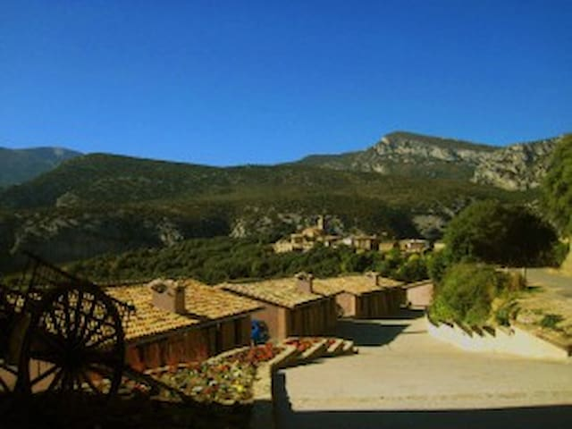 Valle de Rodellar, in the heart of Sierra de Guara - Rodellar - Serviceret lejlighed