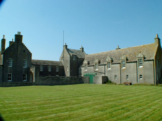 Langskaill- Skaill House Self-Catering, Sandwick