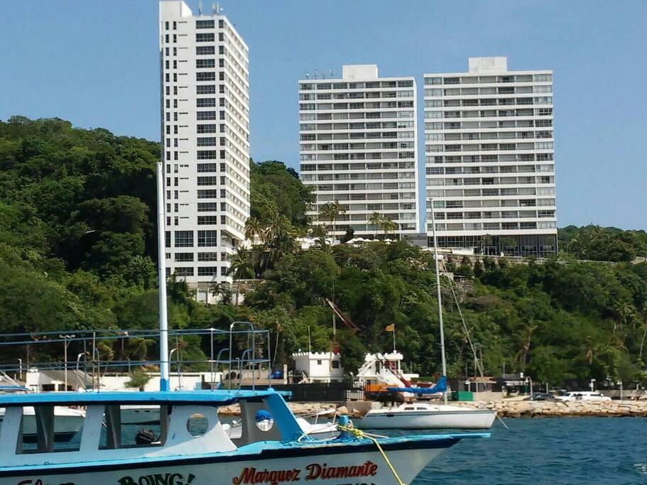 Condominio Torreblanca en Puerto Marqués.