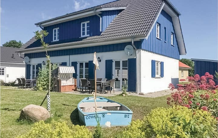 Stunning home in Altefähr/Rügen with WiFi and 3 Bedrooms