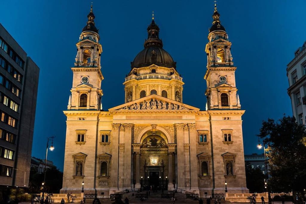 Saint Stephen's Basilica - 650m from the apartment.
