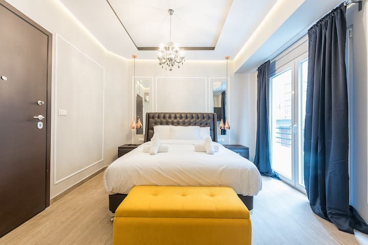 "Syntagma Luxury Living Lodge One ""LLL1"" - B3"