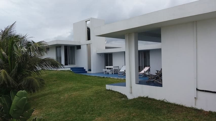 Modern House Ideal for familys. Close to the beach