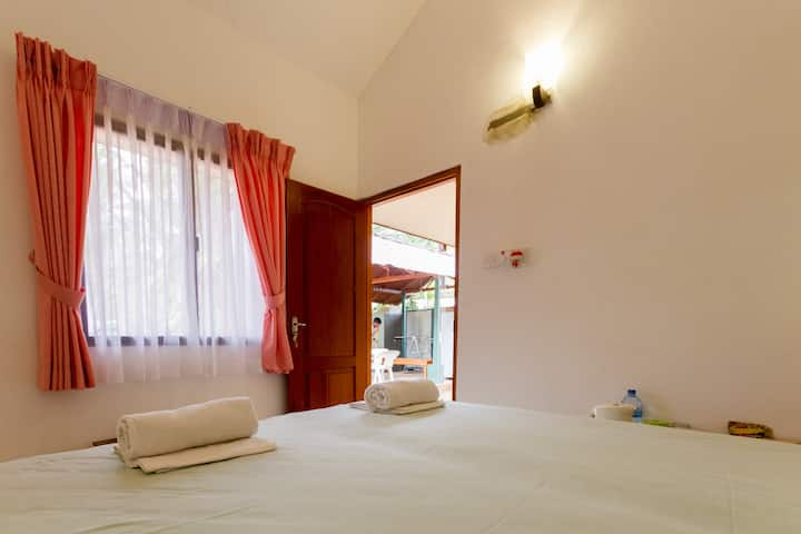 Standard Single room @ Villa Shade Negombo