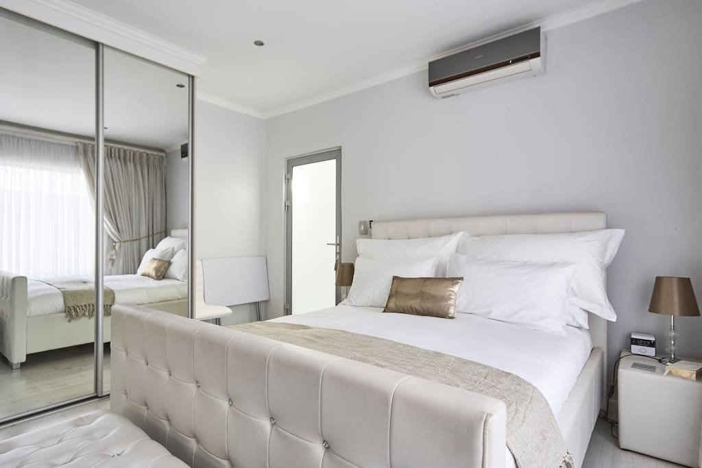 Aircondion Available in the Room