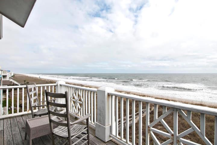 Whitney-Escape to paradise in this upscale oceanfront duplex