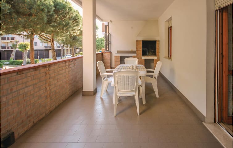 Holiday apartment with 1 bedroom on 33m² in Lido degli Scacchi FE