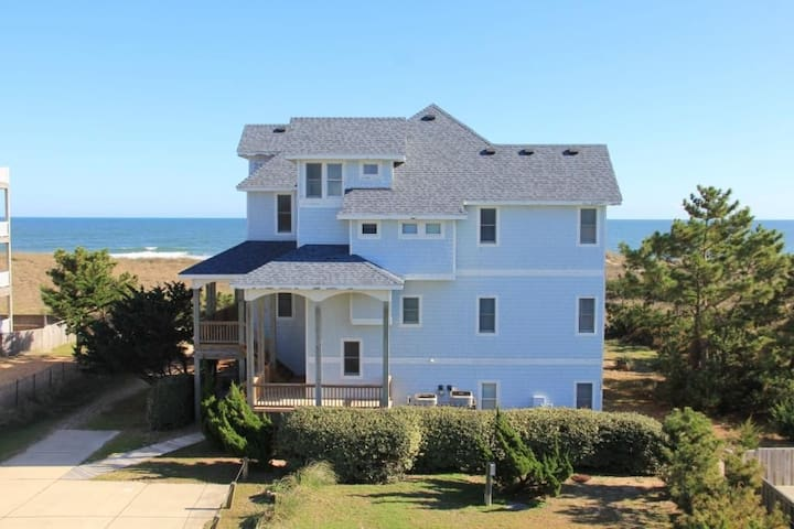Oceanfront 8 bed 8 bath estate: CALL 669-BEACHES - Waves