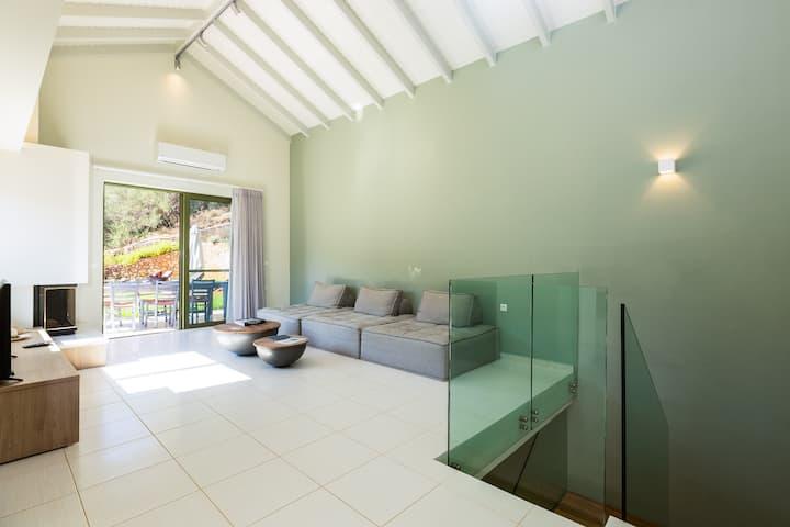 Serene Luxury Villa with Vineyard & Private Pool